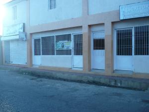 Local Comercial En Ventaen Coro, Centro, Venezuela, VE RAH: 18-4704