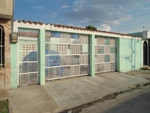 Casa En Ventaen Turmero, La Mantuana, Venezuela, VE RAH: 18-4719