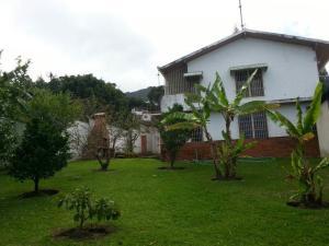 Casa En Ventaen El Junquito-Vargas, El Junko Country Club, Venezuela, VE RAH: 18-4731