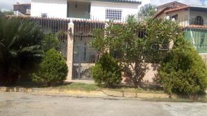 Casa En Ventaen Charallave, Charallave Country, Venezuela, VE RAH: 18-4748