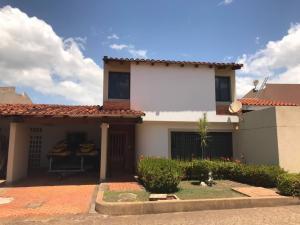 Casa En Ventaen Puerto Ordaz, Villa Granada, Venezuela, VE RAH: 18-4743