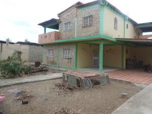 Casa En Ventaen Barquisimeto, Parroquia El Cuji, Venezuela, VE RAH: 18-4785