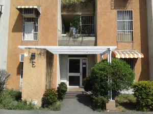 Apartamento En Ventaen Turmero, La Fuente, Venezuela, VE RAH: 18-4806