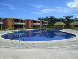 Apartamento En Ventaen Higuerote, Monte Lindo, Venezuela, VE RAH: 18-4827
