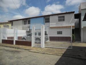 Apartamento En Ventaen El Tigre, Sector Avenida Jesus Subero, Venezuela, VE RAH: 18-4839