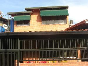 Casa En Ventaen Guatire, La Rosa, Venezuela, VE RAH: 18-5031