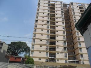 Apartamento En Ventaen Caracas, San Martin, Venezuela, VE RAH: 18-4881