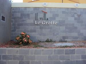 Casa En Ventaen Coro, Villa Le Grotte, Venezuela, VE RAH: 18-6907