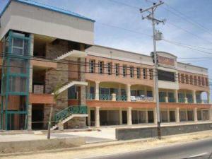 Local Comercial En Alquileren Punto Fijo, Santa Irene, Venezuela, VE RAH: 18-4919