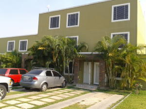 Casa En Ventaen Cabudare, Caminos De Tarabana, Venezuela, VE RAH: 18-4927