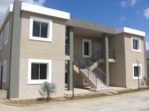 Apartamento En Ventaen Coro, La Floresta, Venezuela, VE RAH: 18-4944