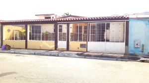 Casa En Ventaen Municipio San Diego, La Esmeralda, Venezuela, VE RAH: 18-4975