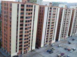 Apartamento En Ventaen Municipio Naguanagua, Palma Real, Venezuela, VE RAH: 18-4995
