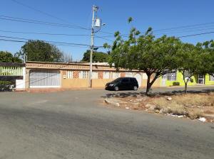 Casa En Ventaen Maracaibo, Cumbres De Maracaibo, Venezuela, VE RAH: 18-5026