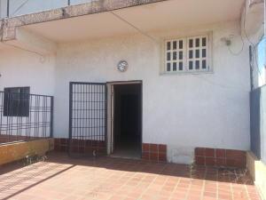 Townhouse En Ventaen Ciudad Ojeda, La N, Venezuela, VE RAH: 18-5010