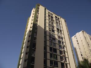 Apartamento En Ventaen La Guaira, Sector Las Quince Letras, Venezuela, VE RAH: 18-5011