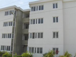 Apartamento En Ventaen Cabudare, La Piedad Sur, Venezuela, VE RAH: 18-5012