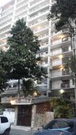 Apartamento En Ventaen Caracas, Caricuao, Venezuela, VE RAH: 18-5030