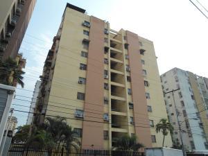 Apartamento En Ventaen Maracay, Urbanizacion El Centro, Venezuela, VE RAH: 18-5045