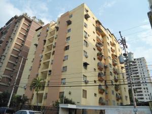 Apartamento En Ventaen Maracay, Urbanizacion El Centro, Venezuela, VE RAH: 18-5046