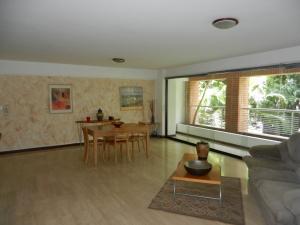 Apartamento En Ventaen Caracas, Campo Alegre, Venezuela, VE RAH: 18-5048