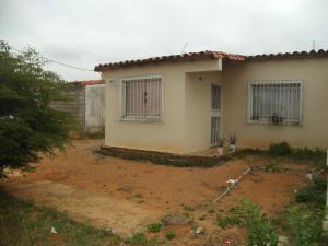 Casa En Ventaen Yaritagua, Municipio Peña, Venezuela, VE RAH: 18-5050