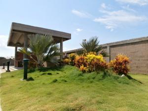 Apartamento En Ventaen Coro, Plaza Suiza, Venezuela, VE RAH: 18-5057