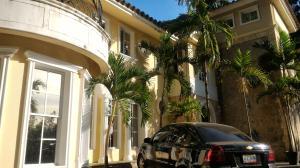 Townhouse En Ventaen Maracay, Lomas De Palmarito, Venezuela, VE RAH: 18-5065