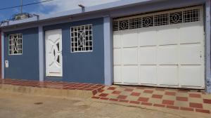 Casa En Ventaen Coro, Las Eugenias, Venezuela, VE RAH: 18-5076