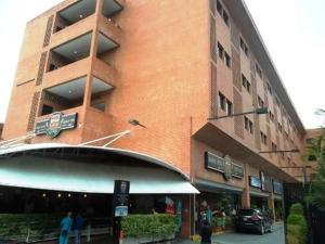 Apartamento En Ventaen Caracas, La Boyera, Venezuela, VE RAH: 18-5095
