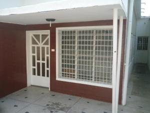 Casa En Ventaen Maracay, San Jose, Venezuela, VE RAH: 18-5116