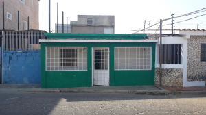 Apartamento En Ventaen Cabimas, Ambrosio, Venezuela, VE RAH: 18-5129