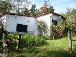 Terreno En Ventaen Carvajal, Santa Ana, Venezuela, VE RAH: 18-5138