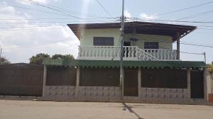 Casa En Ventaen Coro, Barrio San Jose, Venezuela, VE RAH: 18-5145