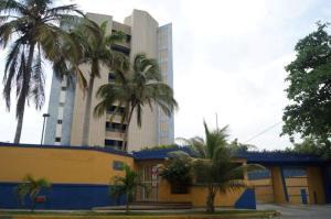 Apartamento En Ventaen Parroquia Caraballeda, Tanaguarena, Venezuela, VE RAH: 18-5163