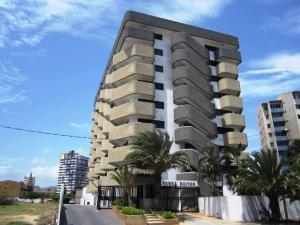 Apartamento En Ventaen Margarita, Costa Azul, Venezuela, VE RAH: 18-5177
