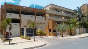 Apartamento En Alquileren Lecheria, Av Diego Bautista Urbaneja, Venezuela, VE RAH: 18-4845