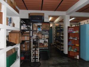 Local Comercial En Ventaen Maracay, Avenida Constitucion, Venezuela, VE RAH: 18-5181