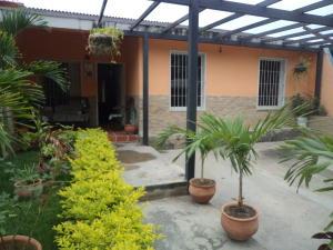 Casa En Ventaen Cabudare, Parroquia José Gregorio, Venezuela, VE RAH: 18-5191