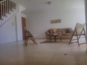 Apartamento En Alquileren Punto Fijo, Santa Irene, Venezuela, VE RAH: 18-5193