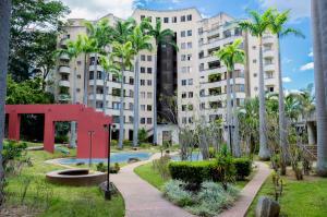 Apartamento En Ventaen Caracas, Santa Eduvigis, Venezuela, VE RAH: 18-5226