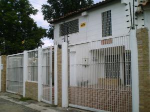 Casa En Ventaen Cagua, Ciudad Jardin, Venezuela, VE RAH: 18-5228