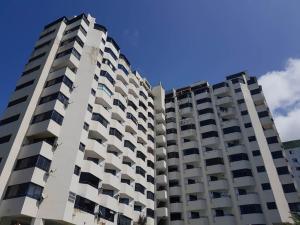 Apartamento En Ventaen Parroquia Caraballeda, Caribe, Venezuela, VE RAH: 18-5259