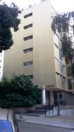 Apartamento En Ventaen Caracas, Los Palos Grandes, Venezuela, VE RAH: 18-5280