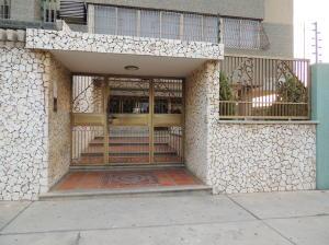 Apartamento En Ventaen Maracaibo, Los Olivos, Venezuela, VE RAH: 18-5295
