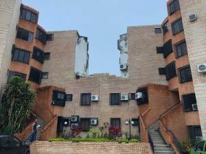 Apartamento En Ventaen Municipio Naguanagua, La Campina Ii, Venezuela, VE RAH: 18-6443