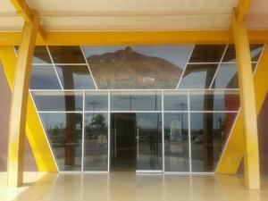 Local Comercial En Ventaen Punto Fijo, El Cardon, Venezuela, VE RAH: 18-5336