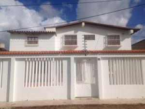 Casa En Ventaen Punto Fijo, Santa Fe, Venezuela, VE RAH: 18-5346