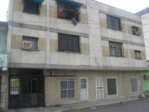 Apartamento En Ventaen Maracay, Zona Centro, Venezuela, VE RAH: 18-5402