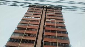 Apartamento En Ventaen Maracaibo, Paraiso, Venezuela, VE RAH: 18-5449